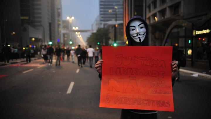 manifestacao-brasil-junho-cartaz-saopaulo